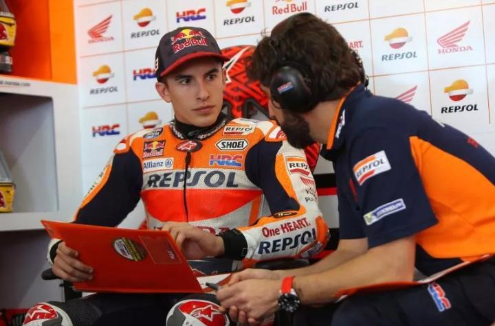Cara Repsol Honda Jaga Kepercayaan Diri Marquez