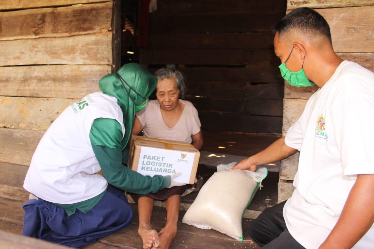 Tatiek BAZNAS : Lewat Program PLK, Lansia di Desa Miskin Bisa Terbantu