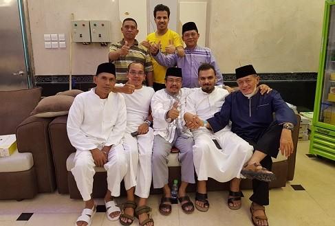 Jemaah Musfiratur Bengkulu : Hotel yang Kami Tempati Dekat dengan Masjidil Haram dan Masjid Nabawi