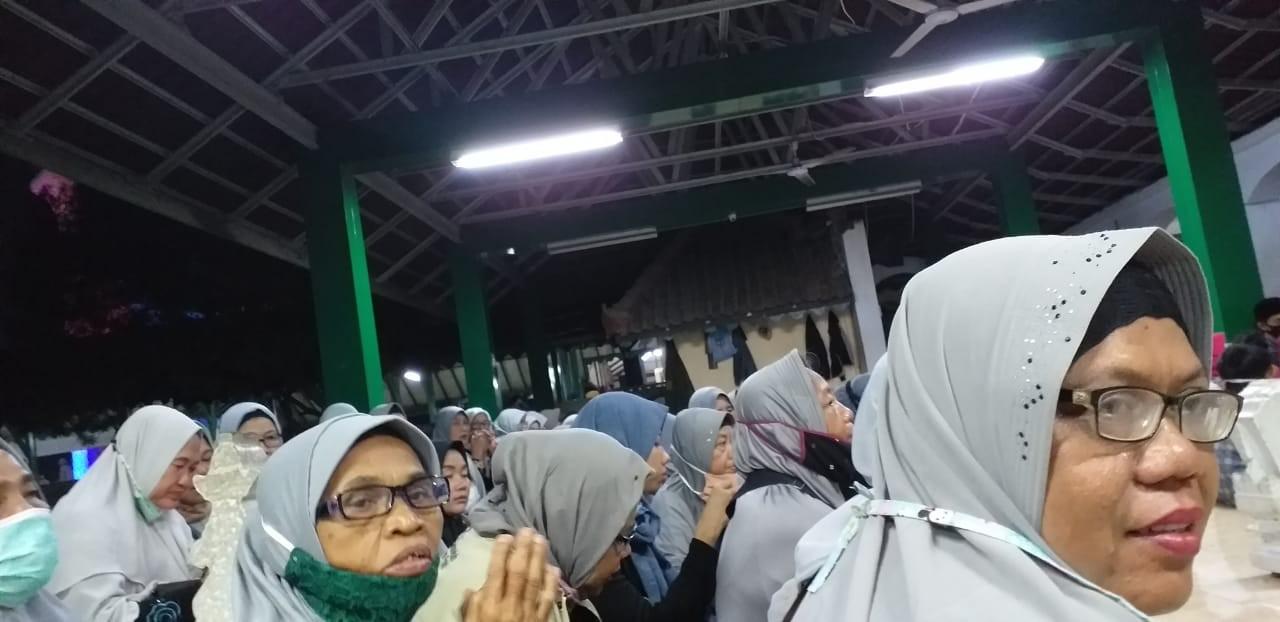 Layani Peserta Ziarah Satu Bus, ADM Travel : Alhamdulillah, Mereka Senang